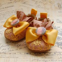 POMPADOUR-gold baby shoes